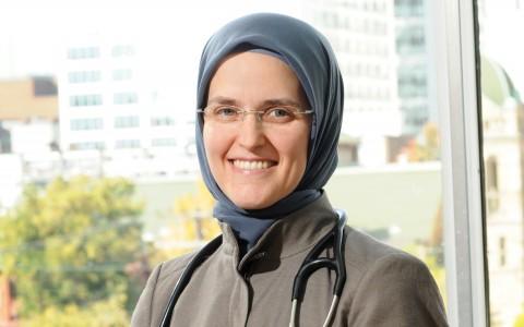 Dr. Berna Akcakir